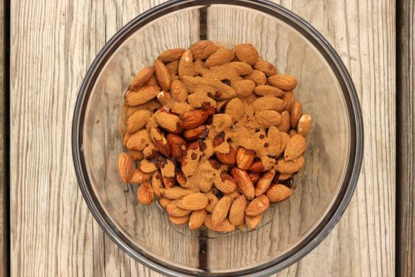 Pumpkin Spice Almonds