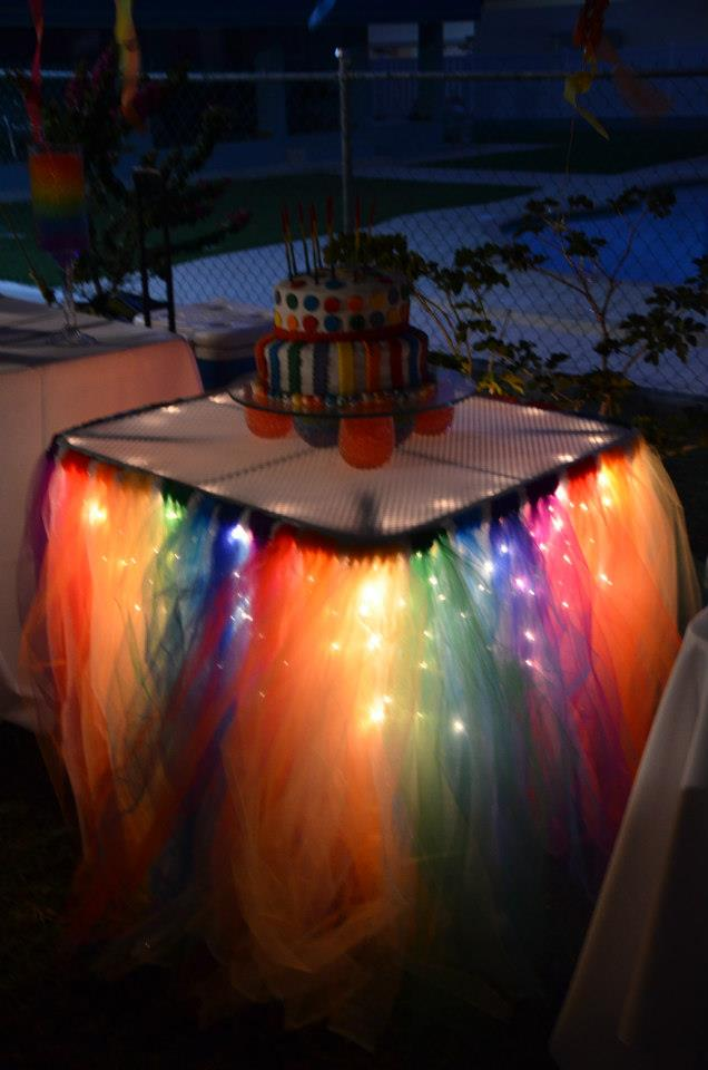 rainbow tulle table
