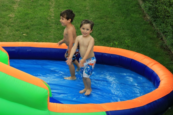 Water Bounce House Outdoor Oasis