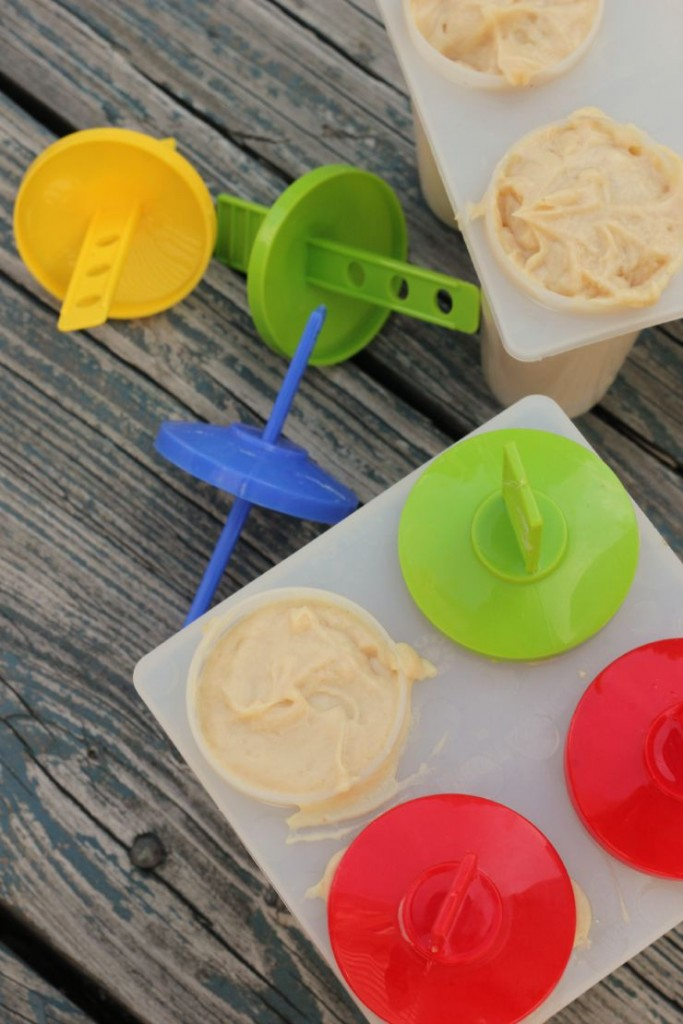 fill ice pop molds