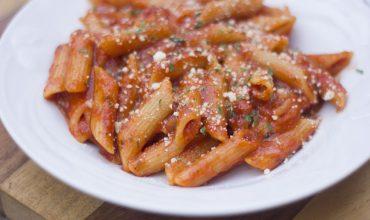 Instant Pot Pasta in Tomato Basil Sauce